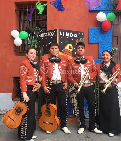 Componentes Mariachi Azteca