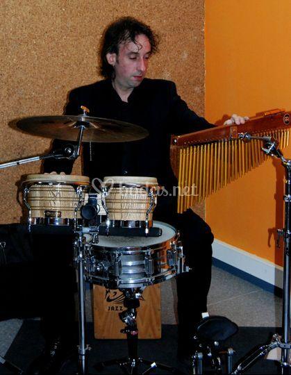 Juan Carlos - percusión