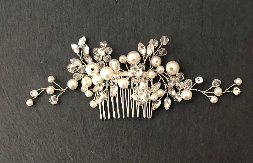 Tocado Cristales y Perlas