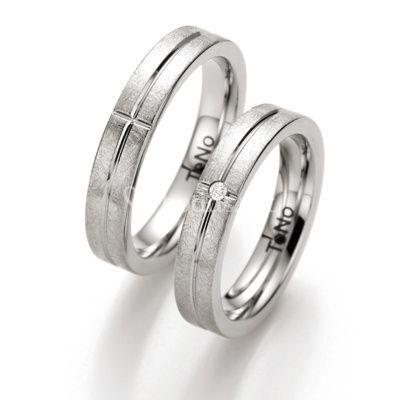 Acero y diamantes 3100D54