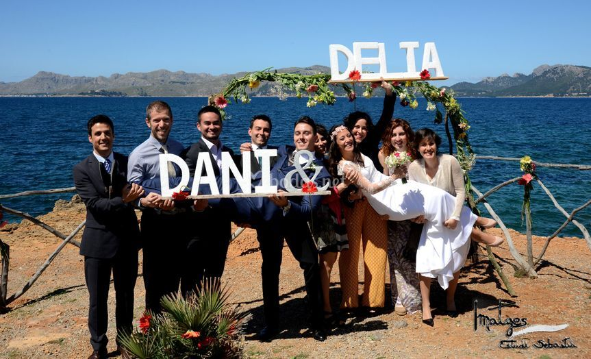 Dani & Delia