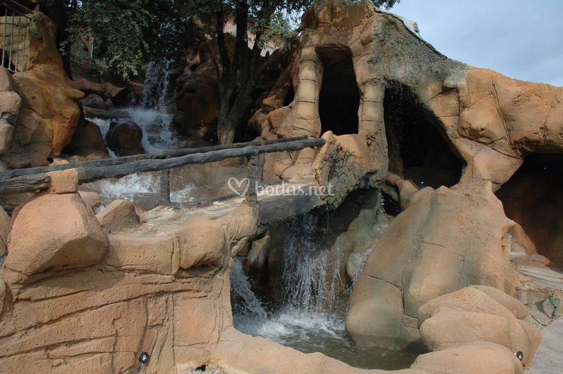 El puente de la gruta