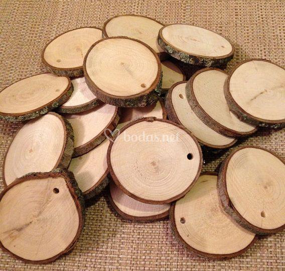 Rodajas madera con agujero