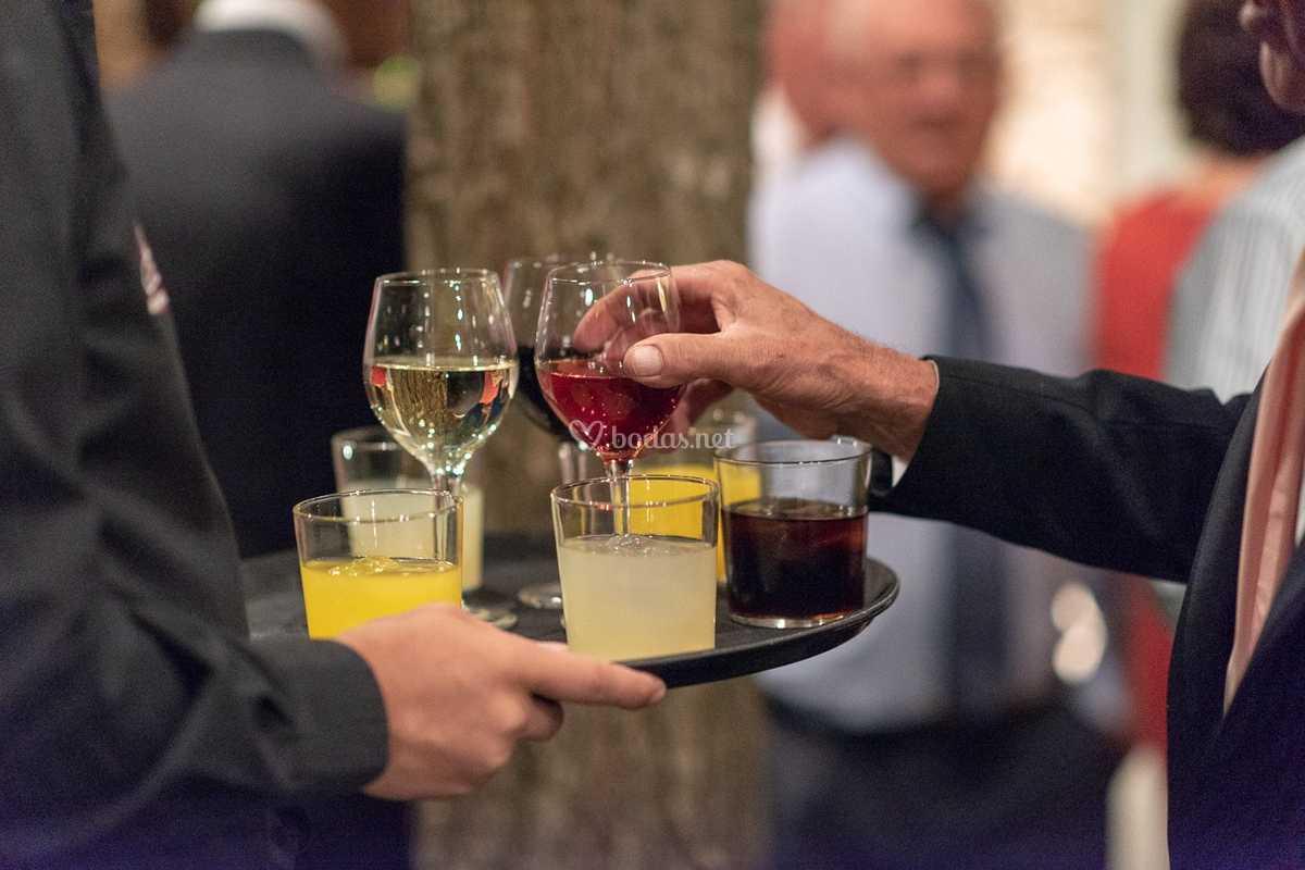 Bebida servida en cóctel