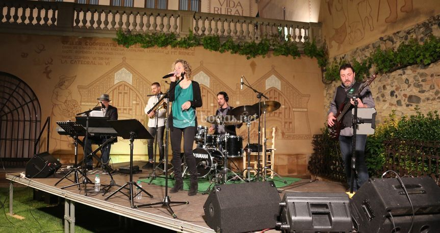 Leitmotiv Cover & Jazz Band