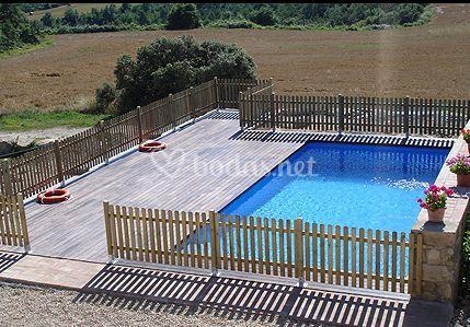 La tor de montclar for Precio piscina climatizada