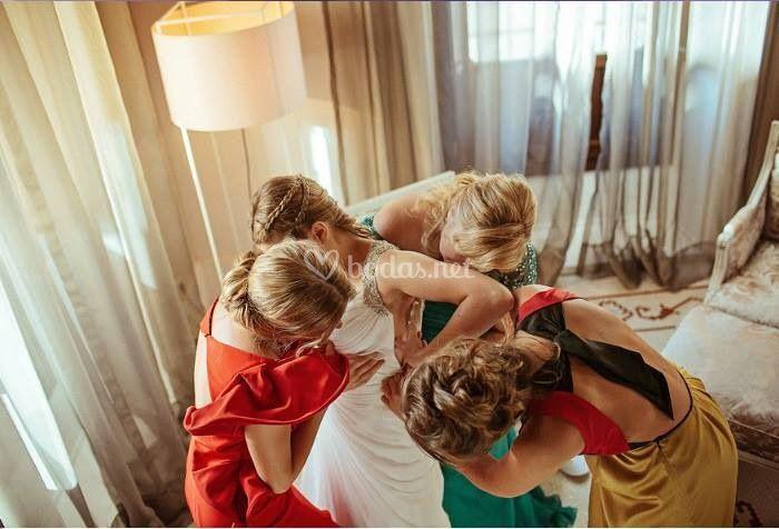 Recogidos de novia y damas