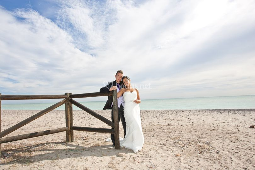 Estela y Carlos en la playa