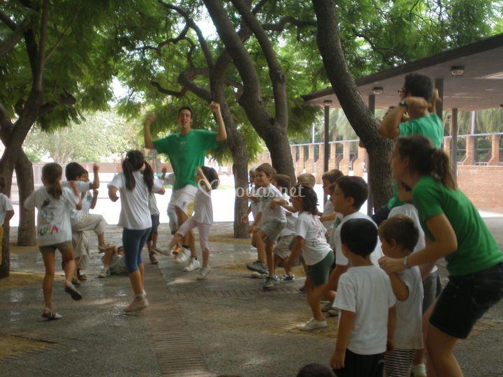 Cantando y bailando