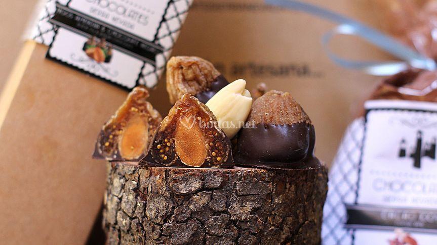 Higos con chocolate negro