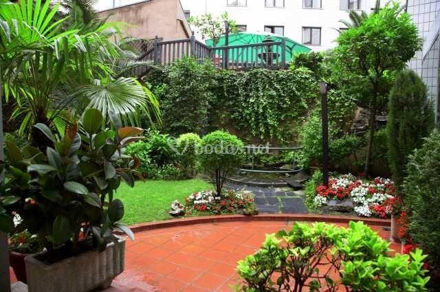Jardines exteriores de hotel silken indautxu bilbao foto 13 - Hotel jardines bilbao ...