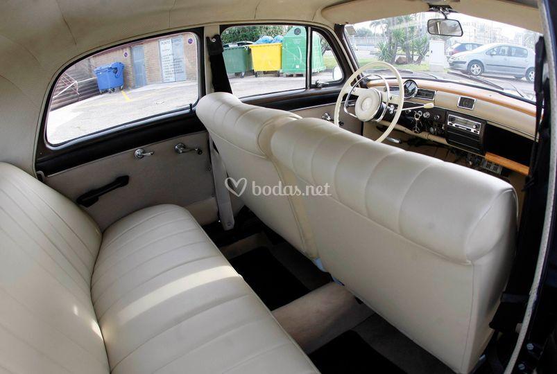 Mercedes Ponton 180D