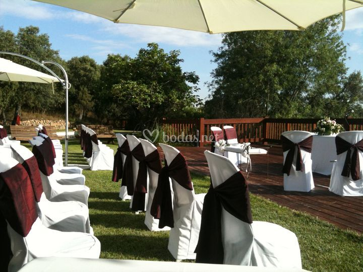 Sillas para la ceremonia