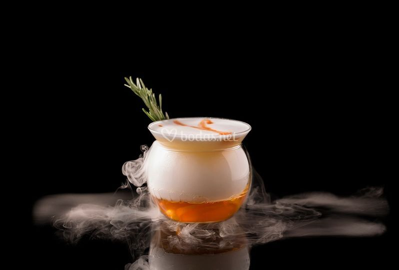 Auric Cocktail Bar