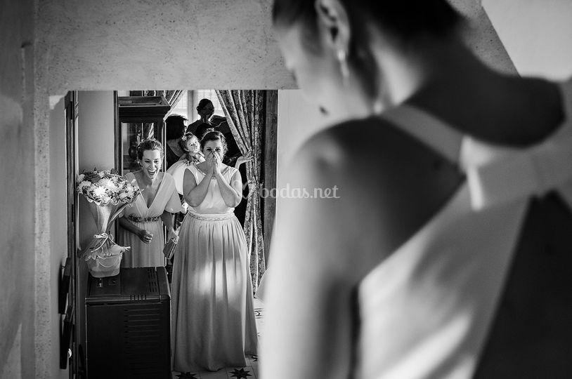 La novia vestida