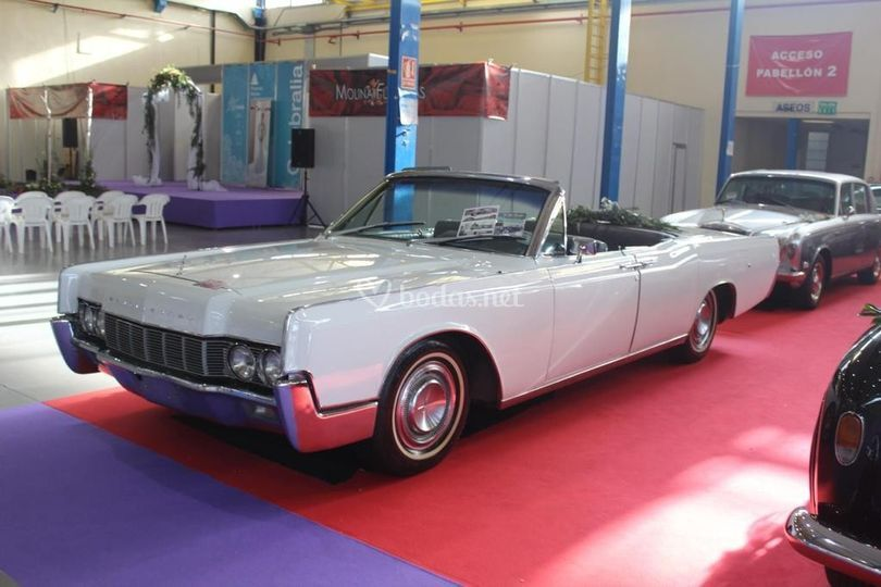 Lincoln Continental Converti