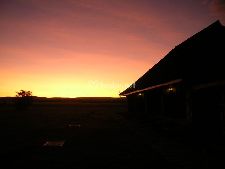 Amanecer en Masai Maara