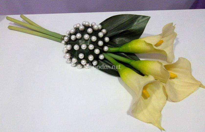 Bouquet alfileres
