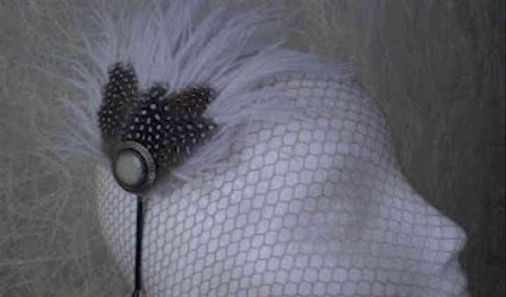 Diadema de plumas