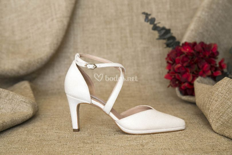Zapatos sujetos de novia 2019