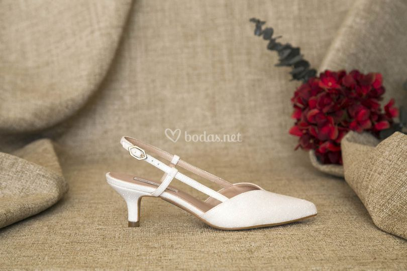 Zapatos bajos de novia 2019