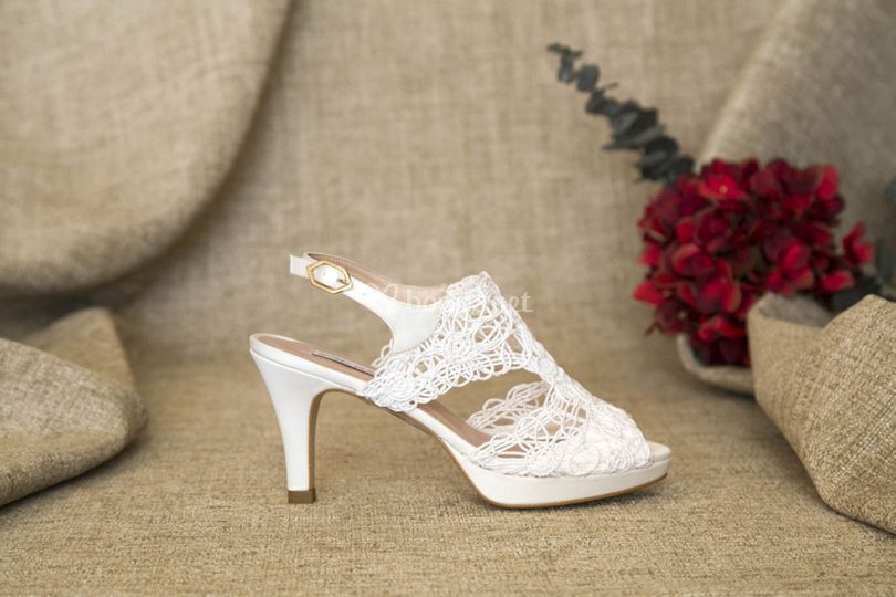 Zapatos cordela de novia 2019