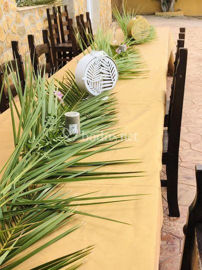 Detalle de la decoración de la mesa