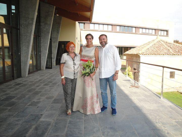 Elisa con Cristina y Julián