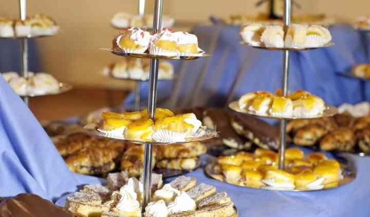 Buffet de pastelitos