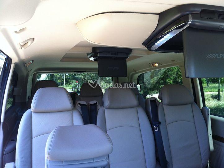 Autoturismo procas for Interior mercedes viano