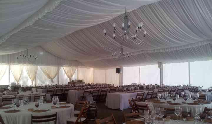 Interior carpa boda