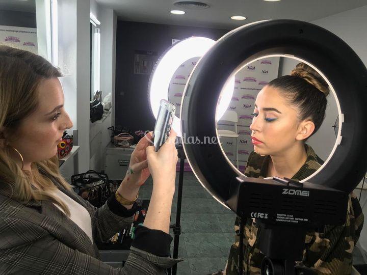 Maquillaje eyeliner doble