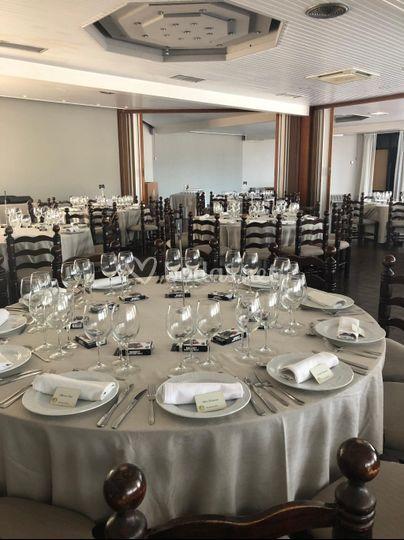 Mesa redonda para boda