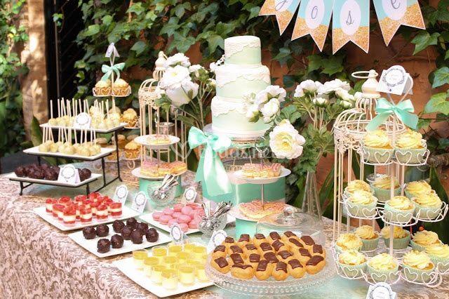 Mesa dulce Mint y dorado