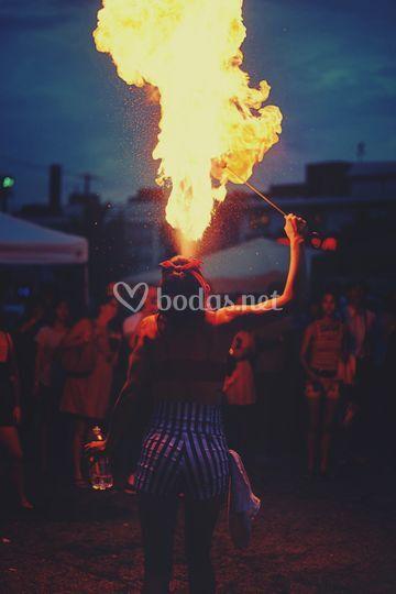 Artista fuego BeSound