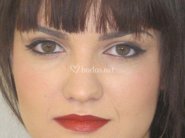 Maquillaje acompañante
