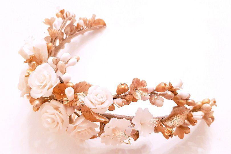 Rosas porcelana oro y blanco