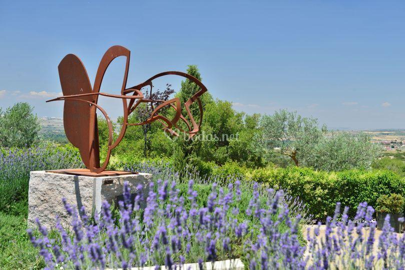Escultura patio delantero