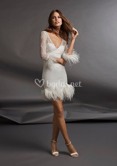 PRONOVIAS UNCONVENTIONAL AV20