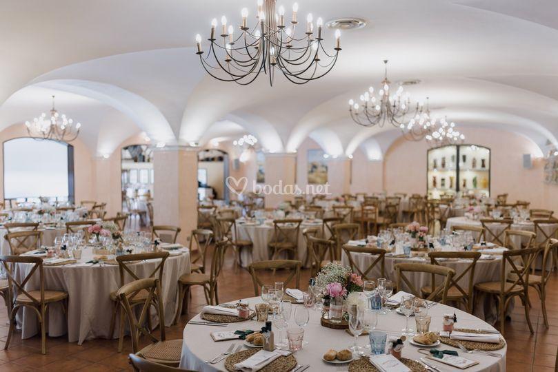 Banquete con silla cross