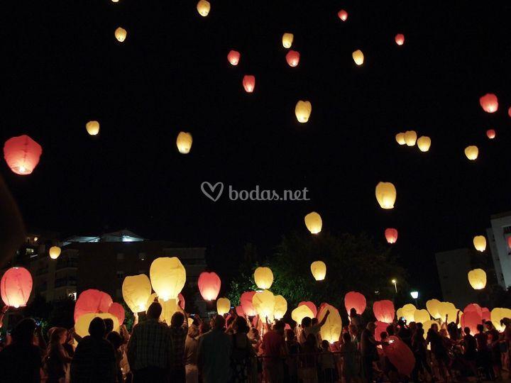 Farolillos Voladores - Sky Lanterns