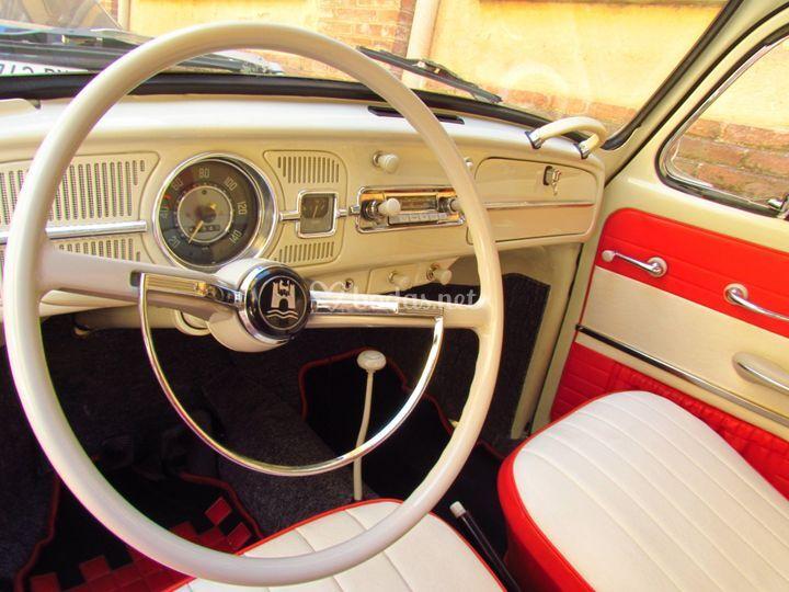 Interior del VW Escarabajo