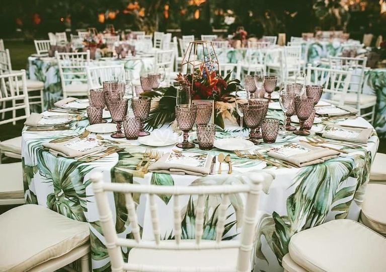 Montaje mesas para eventos