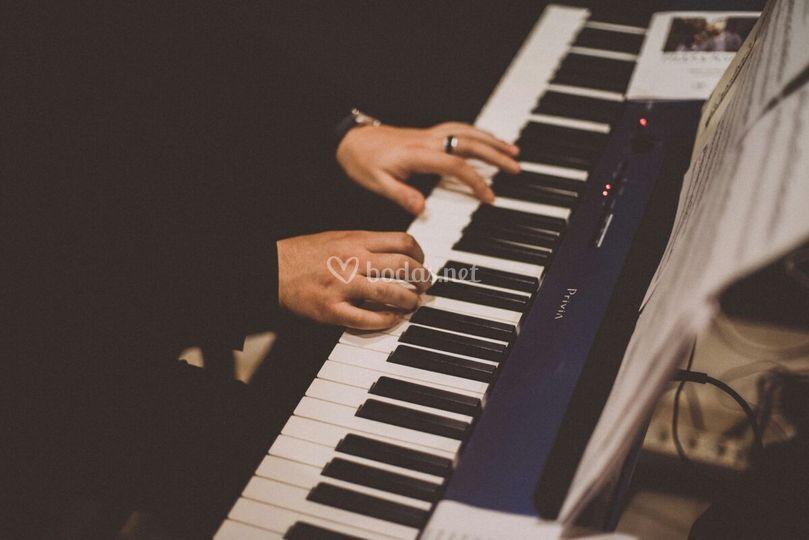 Piano de Cantábile Música