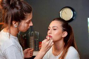 Lydia Platas Makeup Artist