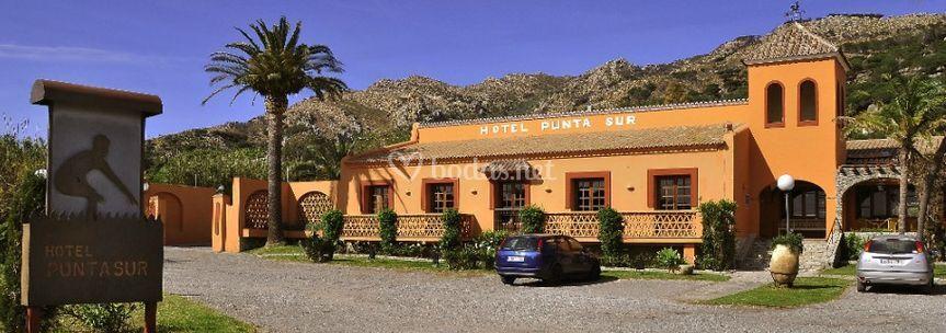 Hotel Punta Sur