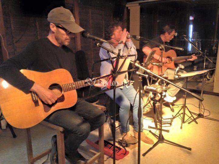 3 MusicTeers