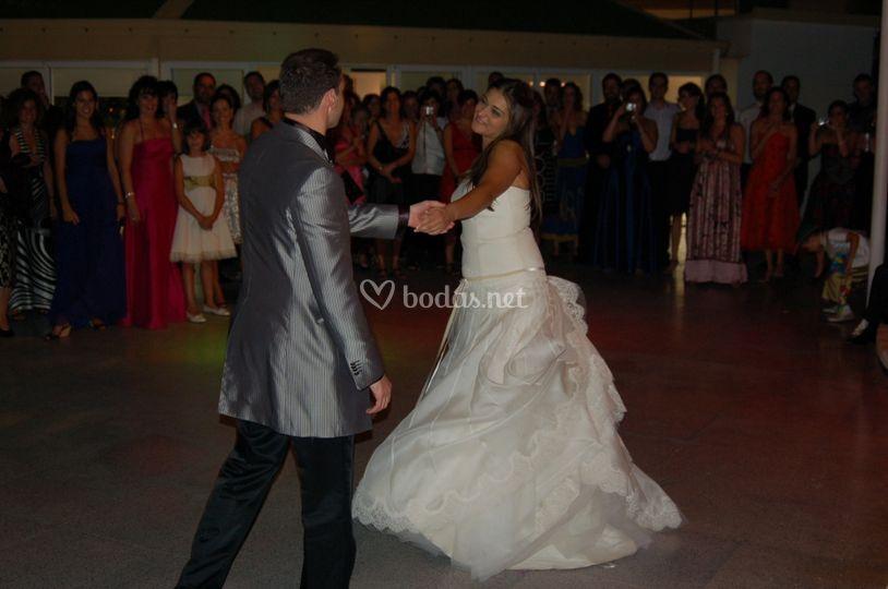 Los  novios en el baile