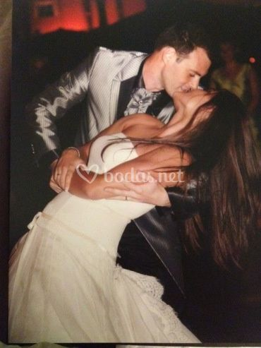 Beso en el baile