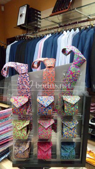 Colección corbatas y pañuelos